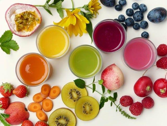 sucos de frutas e vegetais