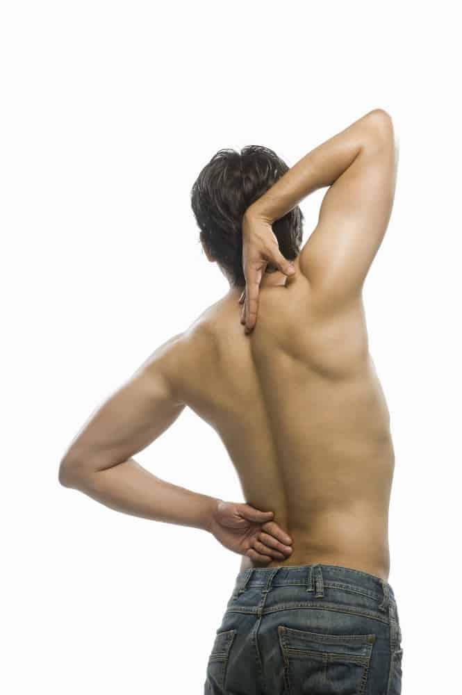 dores na coluna vertebral