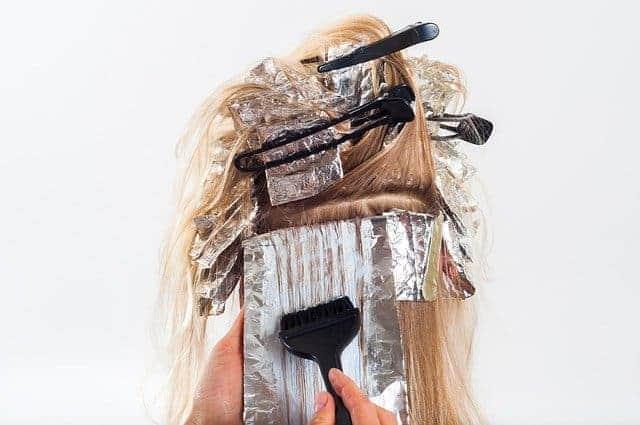 cabelo durante a coloração